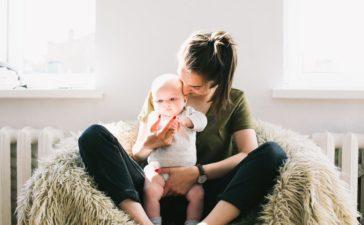 luiertassen moeder en baby