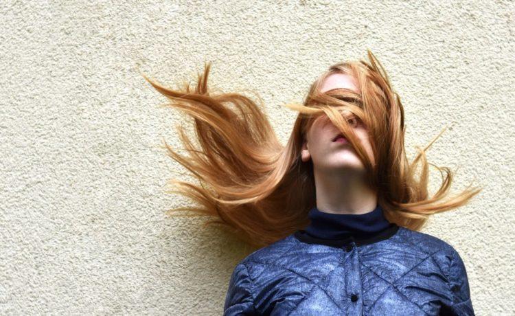 Hoe je ervoor kan zorgen dat je minder last krijgt van haarverlies